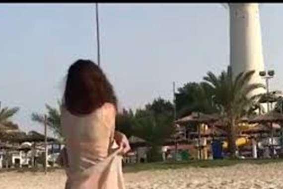 متعرية الكويت