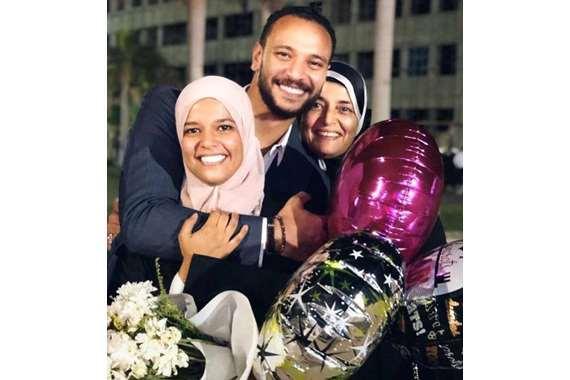 أسرة الفنان الراحل خالد صالح