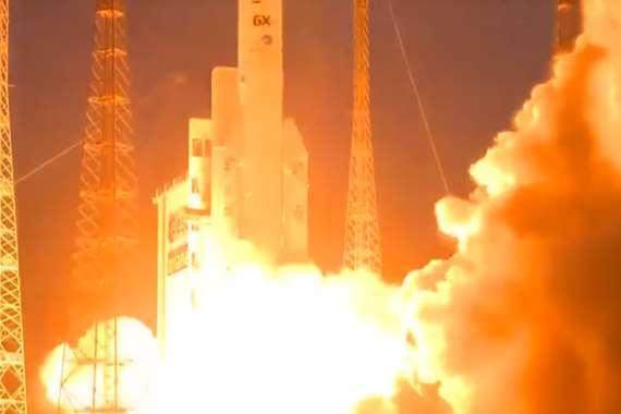 إطلاق القمر الصناعي المصري