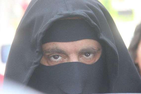 أحمد السقا بالنقاب