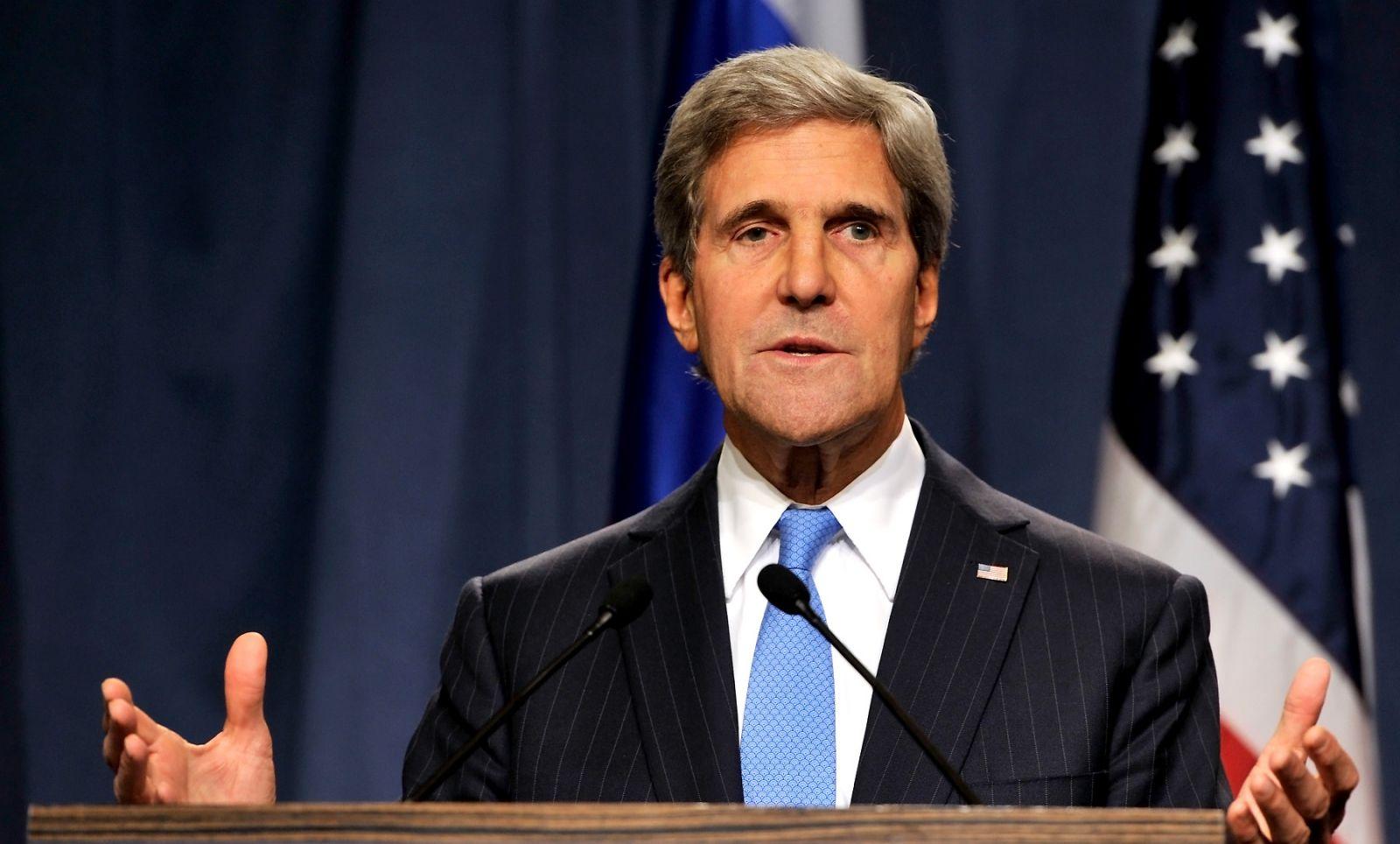 كيري: حل الدولتين بين فلسطين وإسرائيل في خطر