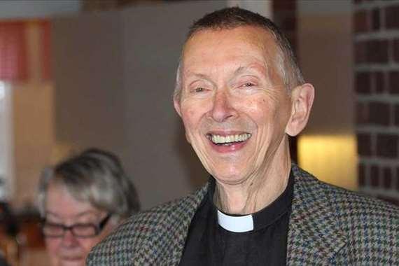 ليف سكجيتن القسّ في الكنيسة السويدية منذ 30 عامًا