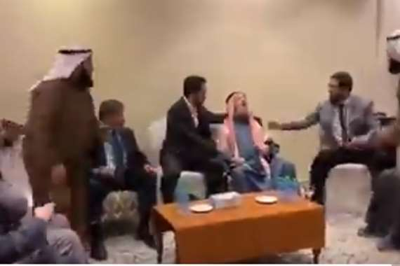 وفاة واعظ فلسطيني أثناء حديثه عن وفاة الرسول