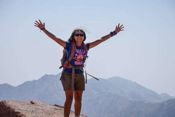 نورهان رفاعي أول مصرية تسلقت أعلى قمة جبال بأوروبا