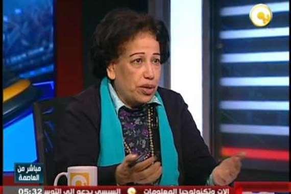 الدكتورة هدي زكريا أستاذ علم الاجتماع السياسي