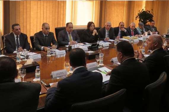 وزيرا «المالية» و«النقل» في اجتماع مشترك