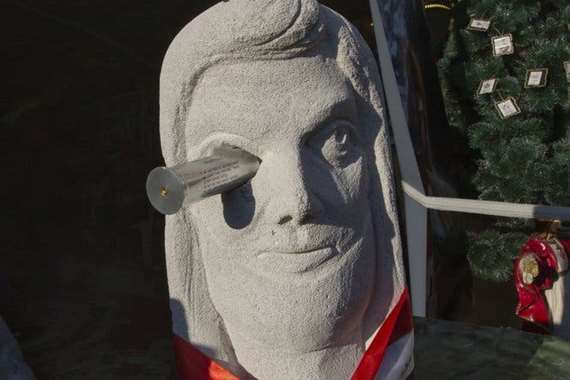 تماثيل لضحايا متظاهري العراق