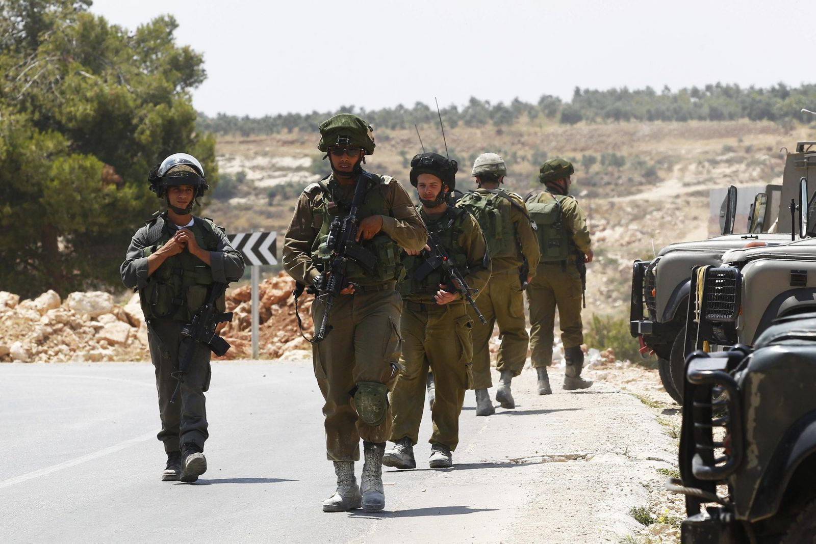 رسالة بمقتل الجنود الأسرى عبر هواتف جنود إسرائيل