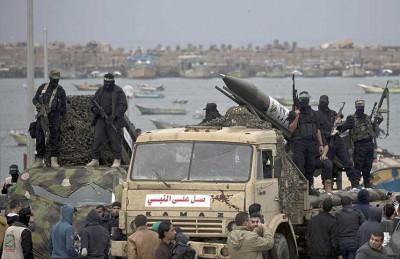 إسرائيل تشتكي لمصر من صواريخ «القسام» بغزة