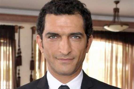 الفنان عمرو واكد