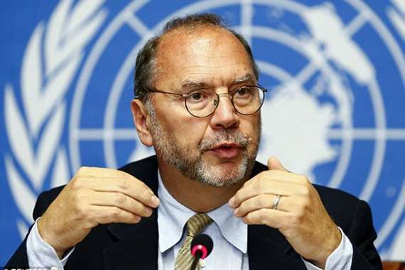 مكتشف «إيبولا» يحذر من تفشي «كورونا» ببريطانيا