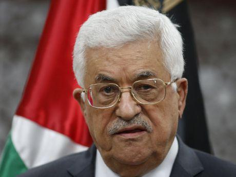 """نهلة الشهال تطالب """"أبو مازن"""" بالاستقالة"""