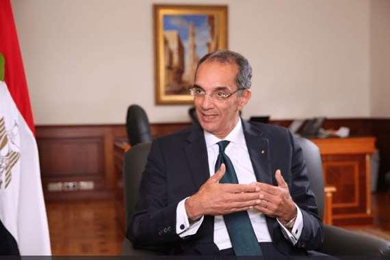 الدكتور عمرو طلعت وزير الاتصال والتكنولوجيا