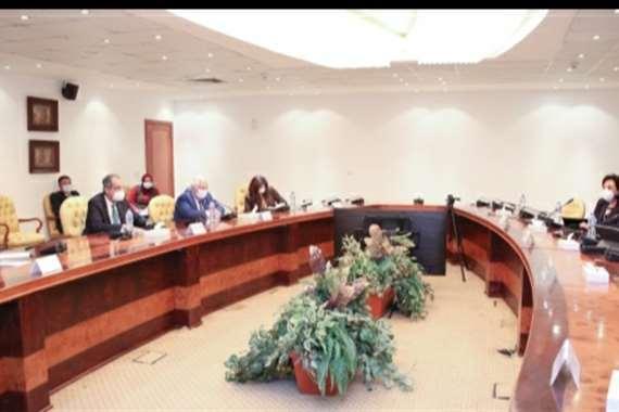 مؤتمر لوزارة السياحة والاتصالات