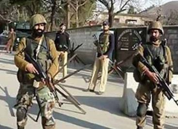 إغلاق مئات المدارس في إقليم كشمير بالهند