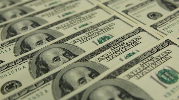لغز هبوط الدولار
