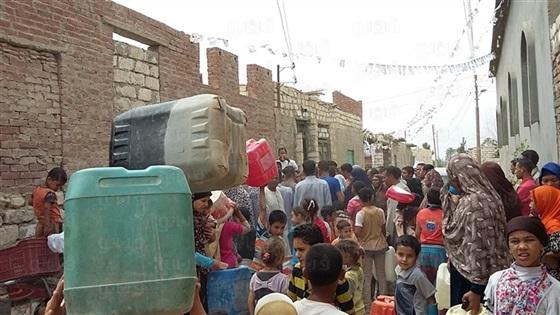 """""""منية النصر"""" تستخدم مياه الصرف ويسددون الفواتير !"""