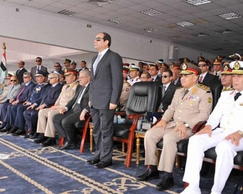 """""""السيسي"""" يشهد حفل تخريج الدفعة الـ ١٤٩ من ضباط الصف"""