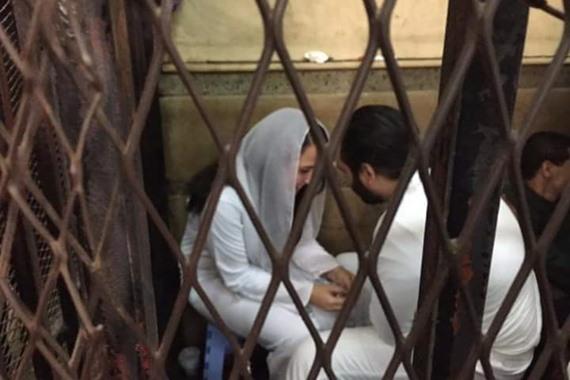 حب في الزنزانة