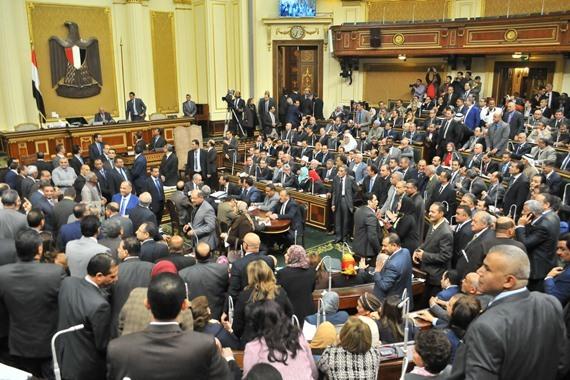 """مسؤول: """"تيران وصنافير"""" لن تمر من البرلمان"""