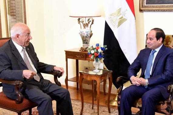 الرئيس السيسي و فاروق الباز