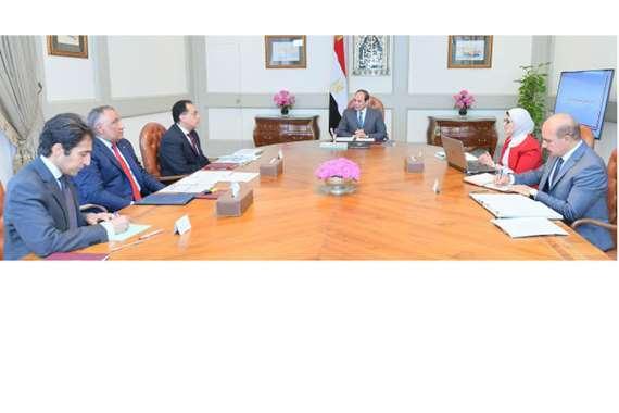 اجتماع الرئيس مع رئيس الوزراء وعدد من أعضاء الحكومة