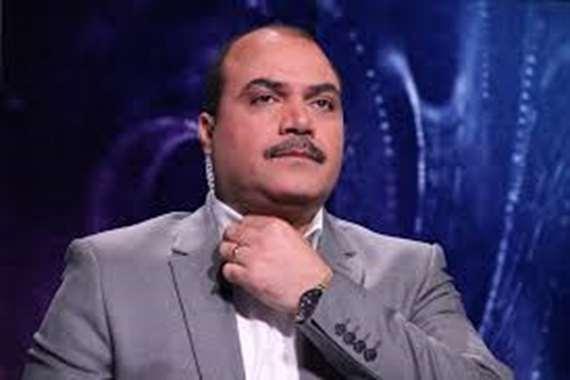 إنهاء عمل الإعلامي محمد الباز بقناة المحور
