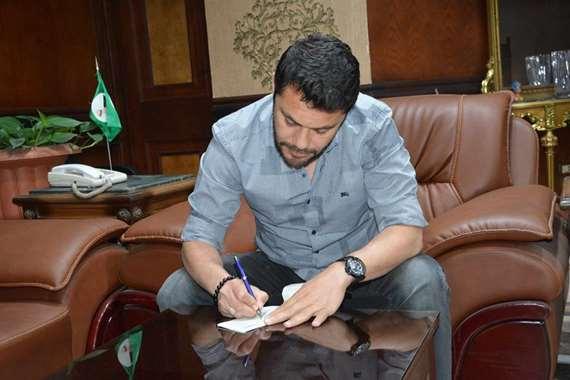 الكابنت احمد حسن يتبرع لأهالي المنيا