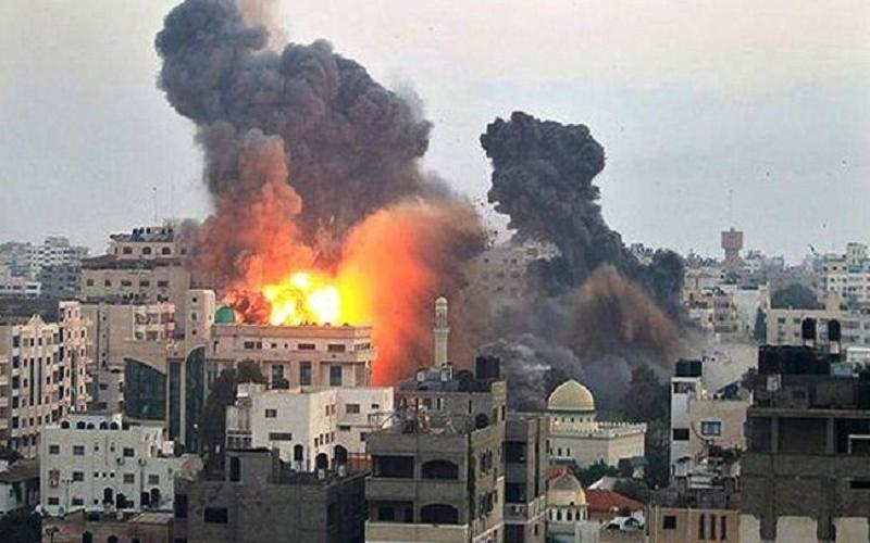 النظام يقتل 11 شخصاً في غارة على إدلب