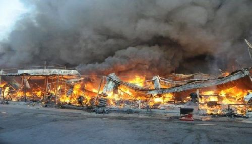 الحماية المدنية: السيطرة على حريق سوق الجمعة  ب ١٥ سيارة إطفاء