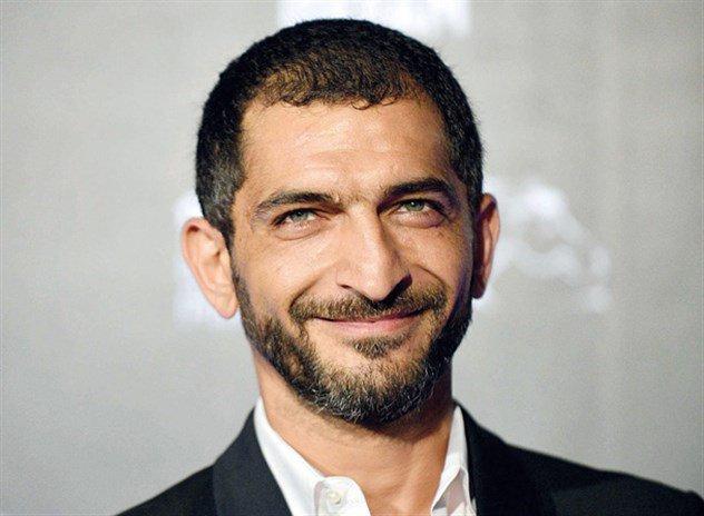 """عمرو واكد: """"اللى قال تيران وصنافير مش مصرية لازم يتحاكم"""""""