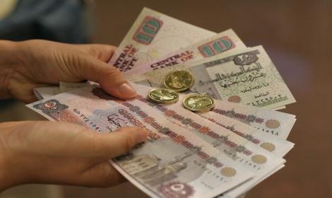 ارتفاع التضخم في مصر بعد خفض العملة