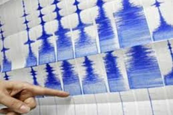 قتيلان و400 مصاب في زلزال بإيران