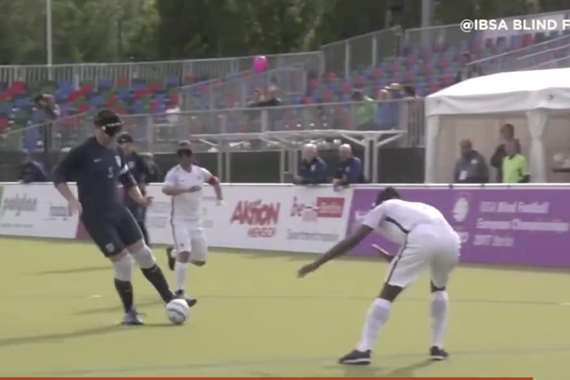 كرة القدم العمياء