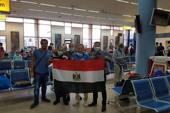 في  3 دول.. مطار مرسى علم يستقبل 429 مصريا من العالقين