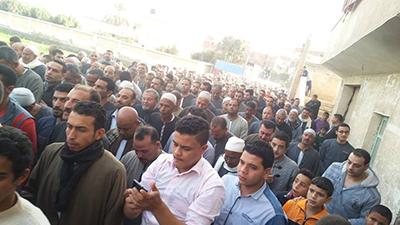 الصور..  تشيع جثمان ابن كوم حمادة شهيد سيناء
