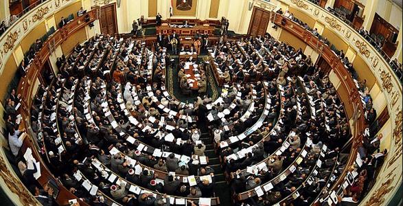 مفاجأة.. مناقشة البرلمان للخدمة المدنية.. «باطل»