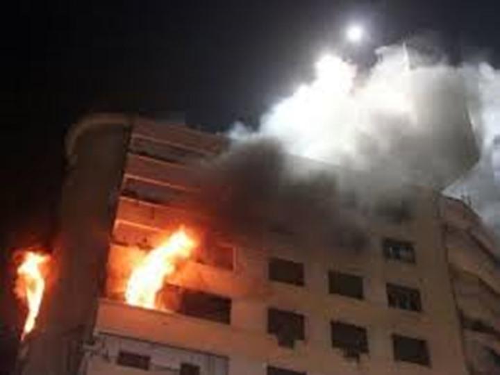 السيطرة علي حريق نشب داخل شقة سكنية بالدقي