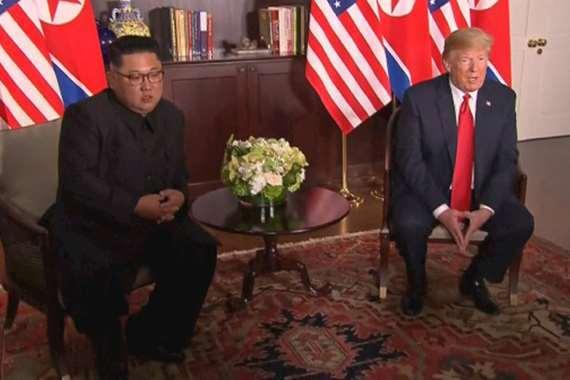 ترامب مع كيم جونغ أون