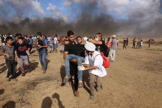 قمع المشاركين في مسيرات العودة على حدود قطاع غزة