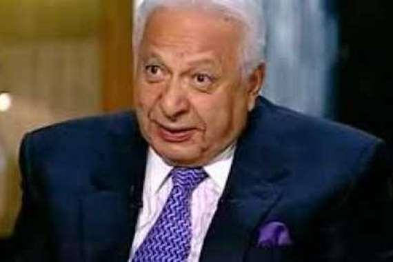 الدكتور أحمد عكاشة - أستاذ الطب النفسي