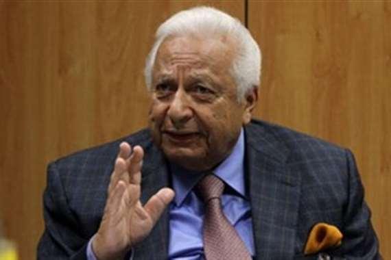 الدكتور أحمد عكاشة أستاذ الطب النفسي