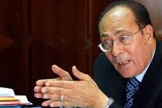 الدكتور محمود أبو زيد