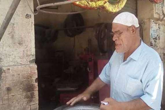 """الفنان أبو حجاج يعود لمهنته الأصلية: """" ربنا يرفع عنا كوورنا"""""""
