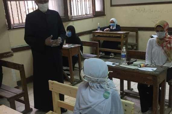 4 حالات غش في أول أيام امتحانات «أدبي» بالثانوية الأزهرية