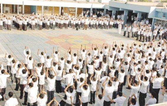 إلغاء طابور الصباح بسبب استيلاء التروسيكلات على أفنية المدارس
