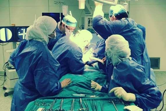 أرشيفية - إجراء عملية جراحية