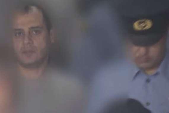 لحظة اعتقال مصري باليابان