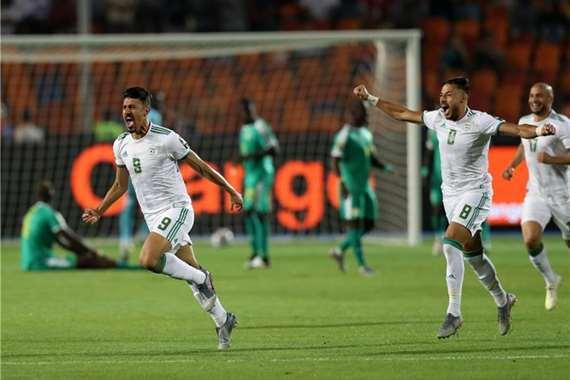 الجزائر تتوج بلقبها الثاني في كأس الأمم على حساب السنغال