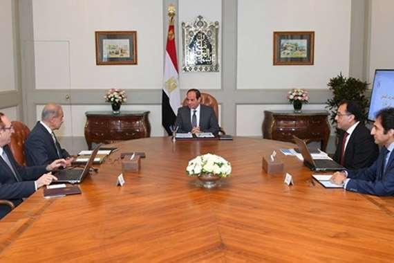 السيسي خلال اجتماعه مع الحكومة